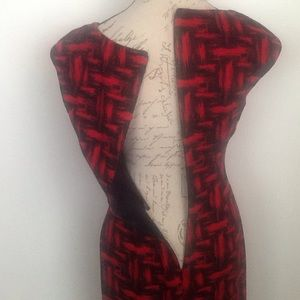Calvin Klein Dresses - Calvin Klein red/black form fitting dress in 6